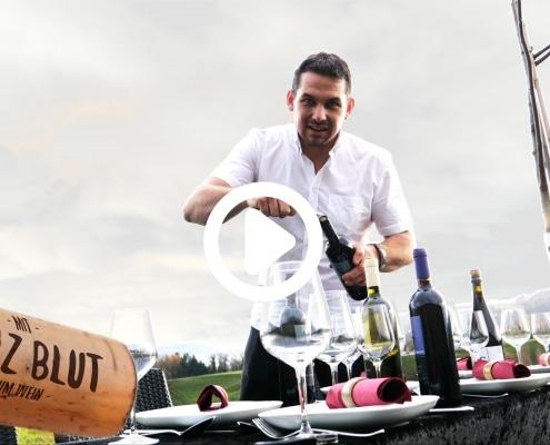 Am Wochenende haben wir Degustation. Der richtige Wein macht den Abend perfekt. Komm an unsere Degustation und finde deinen Lieblingswein und sei der Held am Tisch.